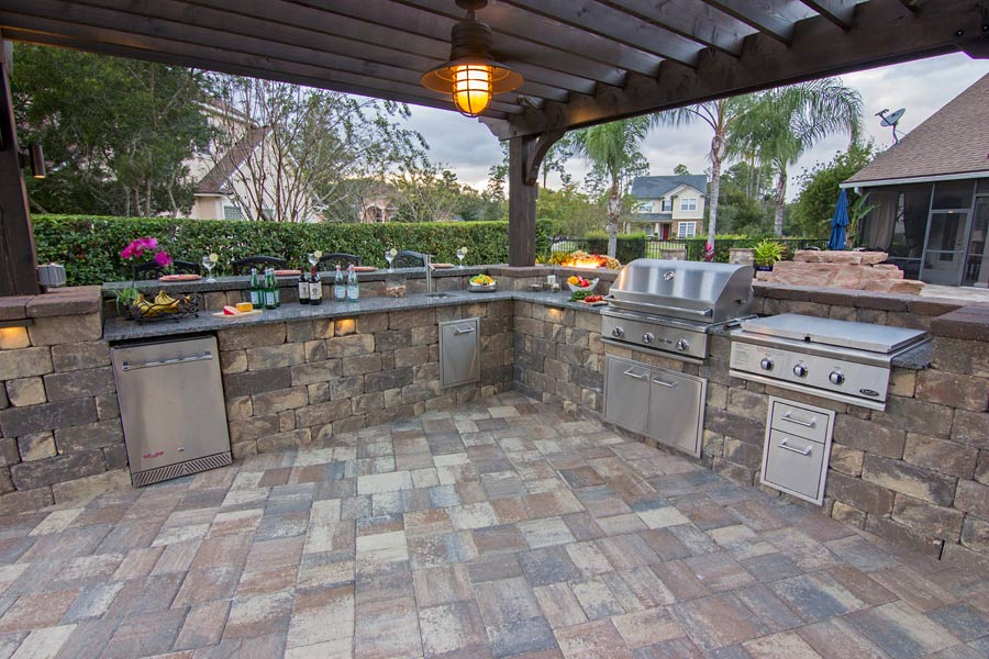 Outdoor Installation Cost In Los Angeles